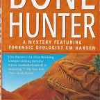 Bone Hunter by Sarah Andrews (1999)